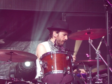 Daren Taylor of The Airborne Toxic Event: Ready to bring the power to The Fillmore. Photo by TATE fan Elva.